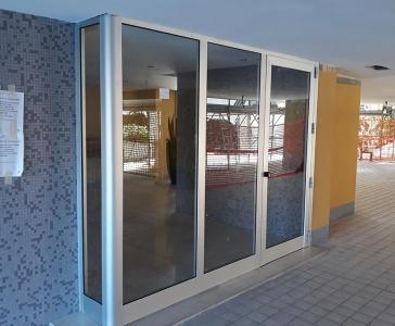 Installazione di un telaio in alluminio a camera fredda – Modena