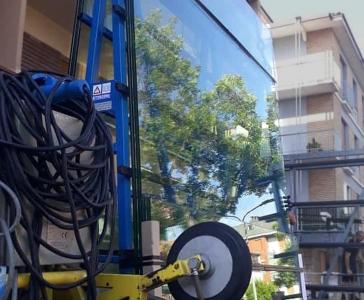 Installazione Vetri Blindati per Azienda – Modena